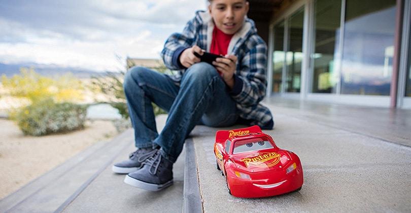 Mon avis sur Sphero Ultimate Lightning McQueen – la voiture Flash McQueen